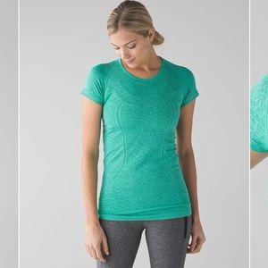 Lululemon Swiftly Tech Shirt Sleeve Crew
